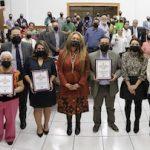 Alma Gómez Caballero y Plan Estratégico Juárez, acreedores del premio a la participación ciudadana